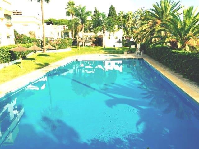 5 sypialnia Dom na kwatery wakacyjne w Golden Mile z basenem garażem - 7 000 € (Ref: 2039506)