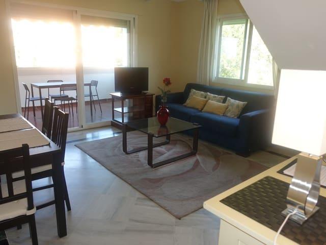 Ático de 2 habitaciones en Golden Mile en alquiler vacacional con piscina garaje - 2.400 € (Ref: 3485086)
