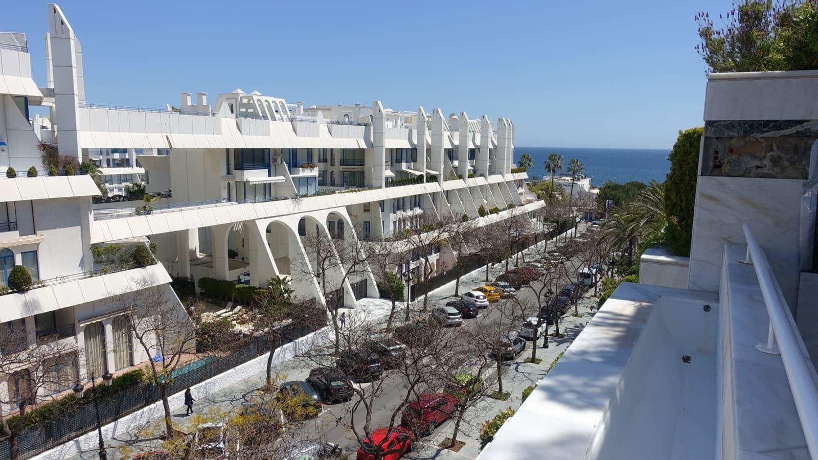 2 sovrum Lägenhet att hyra i Marbella med pool garage - 3 200 € (Ref: 5206698)