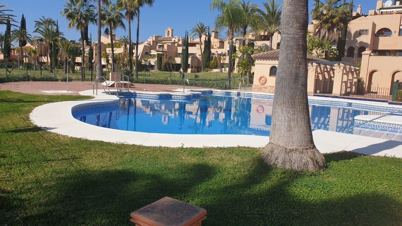 2 sovrum Lägenhet att hyra i Estepona med pool garage - 1 350 € (Ref: 5351791)