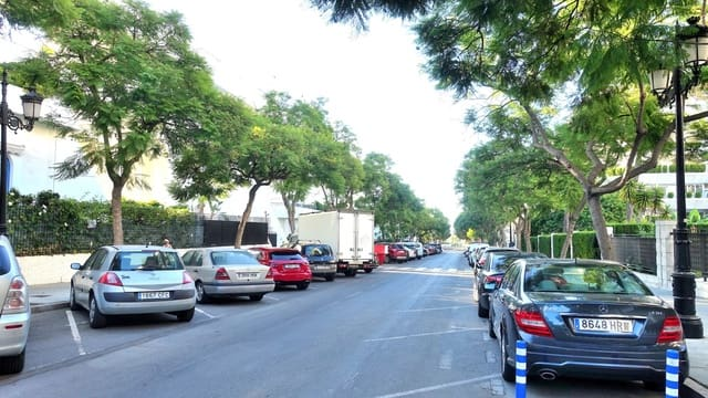 Garasje til salgs i Marbella - € 34 000 (Ref: 5551304)