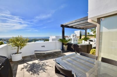 2 bedroom Penthouse for sale in Los Flamingos with pool garage - € 585,000 (Ref: 4788491)