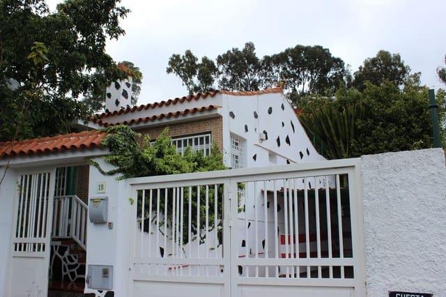 Chalet de 3 habitaciones en Santa Brígida en venta con piscina garaje - 275.000 € (Ref: 5842633)