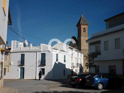 4 bedroom Townhouse for sale in Encinas Reales - € 141,740 (Ref: 3481384)