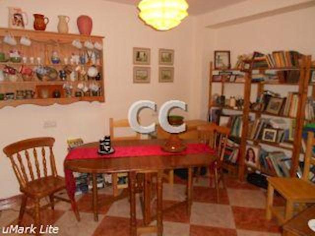Casa Julio Rome: Townhouse for sale in Rute