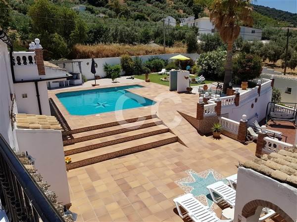 8 soverom Bedrift til salgs i Fuente del Conde med svømmebasseng - € 685 000 (Ref: 4034179)