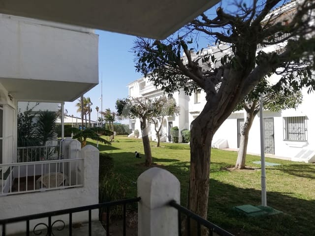Piso Laguna: Apartment in Torrox-Costa
