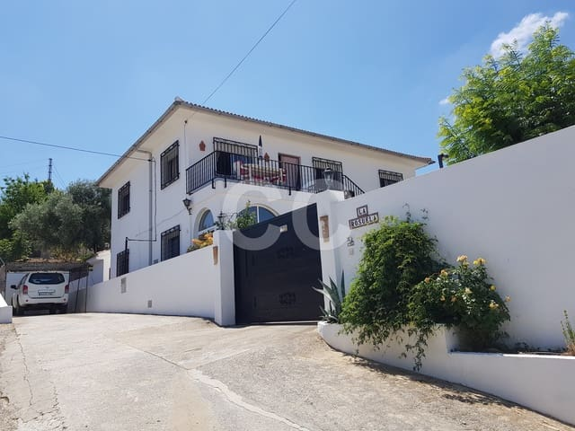 Cortijo La Rosu: Finca/Country House in Villanueva del Trabuco