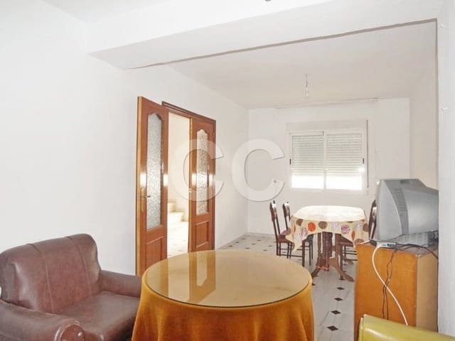 Casa Gados: Townhouse for sale in Alcalá la Real