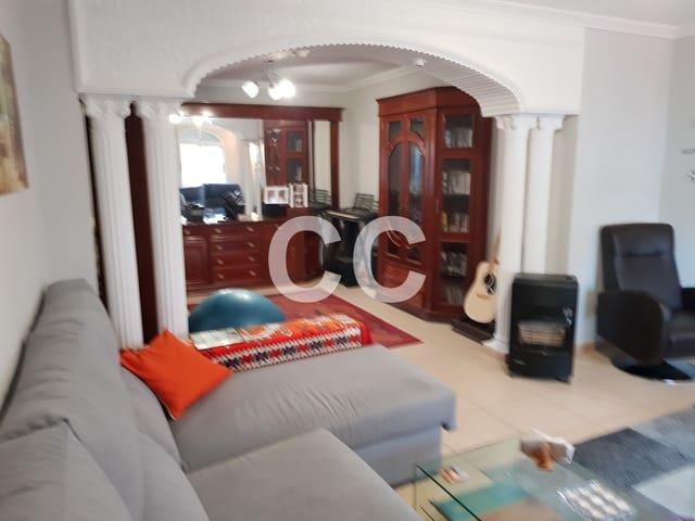 Casa Jenni: Townhouse for sale in Ventas del Carrizal