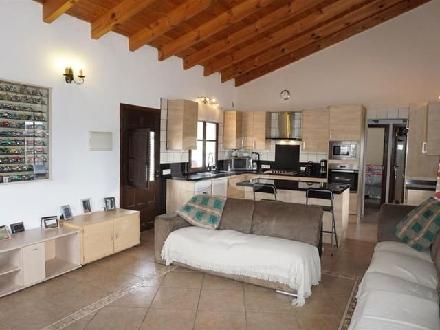 Cortijo Tolox: Finca/Country House for sale in Tolox