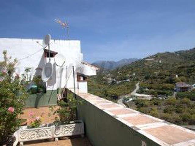 Ref:Casa Vistas Townhouse For Sale in Torrox