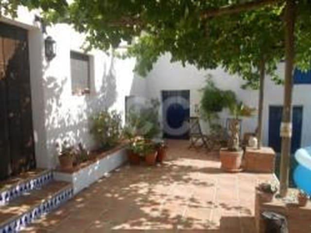 Ref:Cortijo Roma Finca/Country House For Sale in Castillo de Locubín
