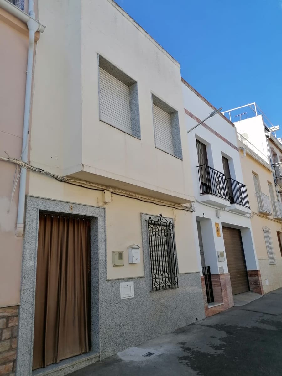 5 bedroom Townhouse for sale in Rute - € 51,000 (Ref: 6249084)
