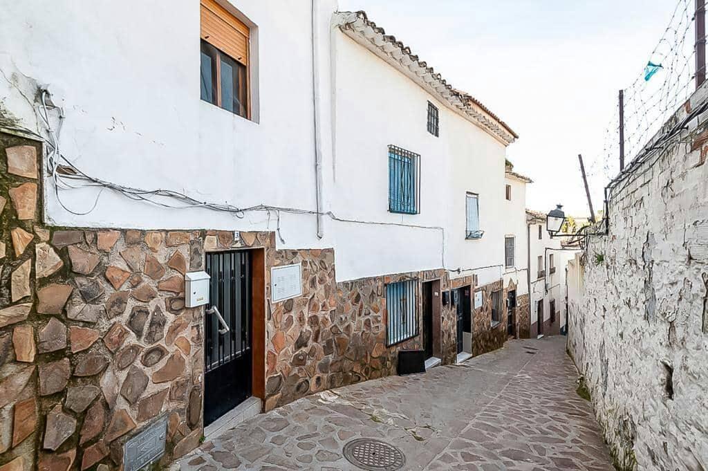 4 bedroom Townhouse for sale in Martos - € 49,000 (Ref: 6249085)