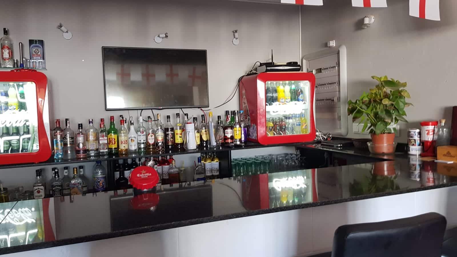 Restaurang/Bar att hyra i El Campello - 700 € (Ref: 4004970)