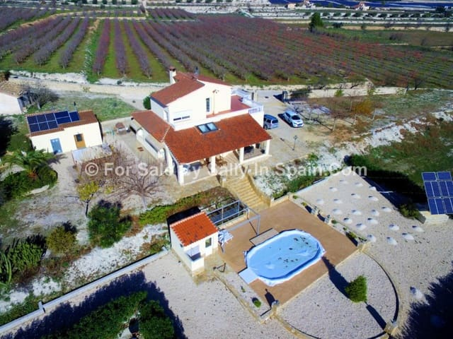 4 soveværelse Villa til salg i Alfarrasi med swimmingpool - € 299.000 (Ref: 5649639)