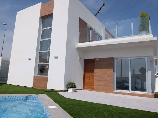 3 Zimmer Villa Zu Verkaufen In Daya Vieja Mit Pool Garage   222.000 U20ac (Ref:  3707207)