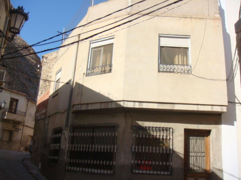 Casa de 4 habitaciones en Orihuela en venta - 53.000 € (Ref: 3707232)