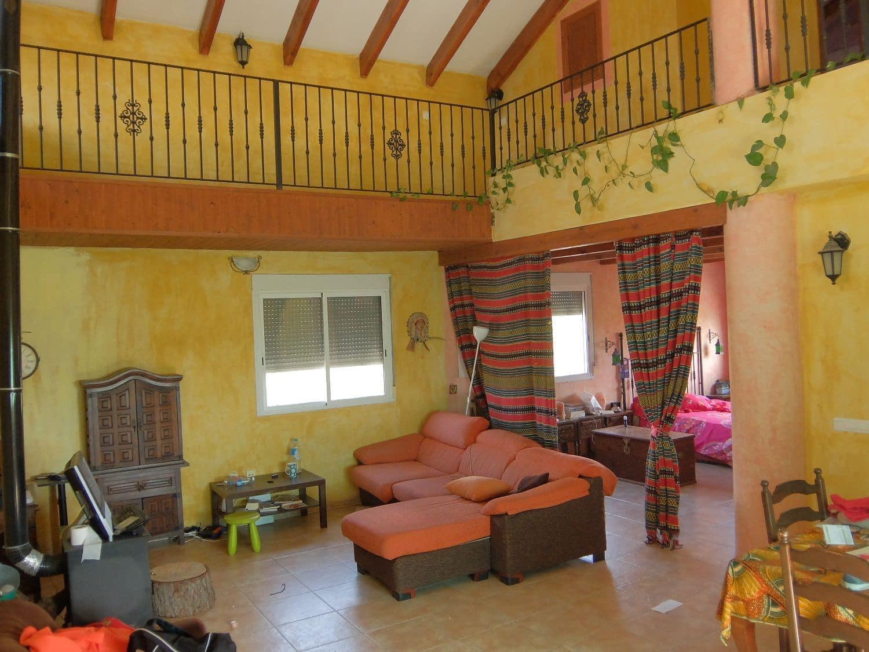 Chalet de 5 habitaciones en Orihuela en venta con garaje - 380.000 € (Ref: 4645862)