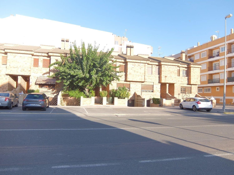 3 soverom Hus til leie i Formentera del Segura med garasje - € 500 (Ref: 5069885)