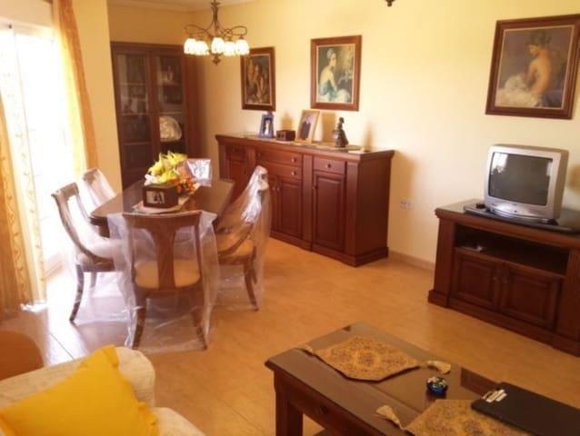 4 slaapkamer Appartement te huur in Rafal met garage - € 400 (Ref: 5385369)
