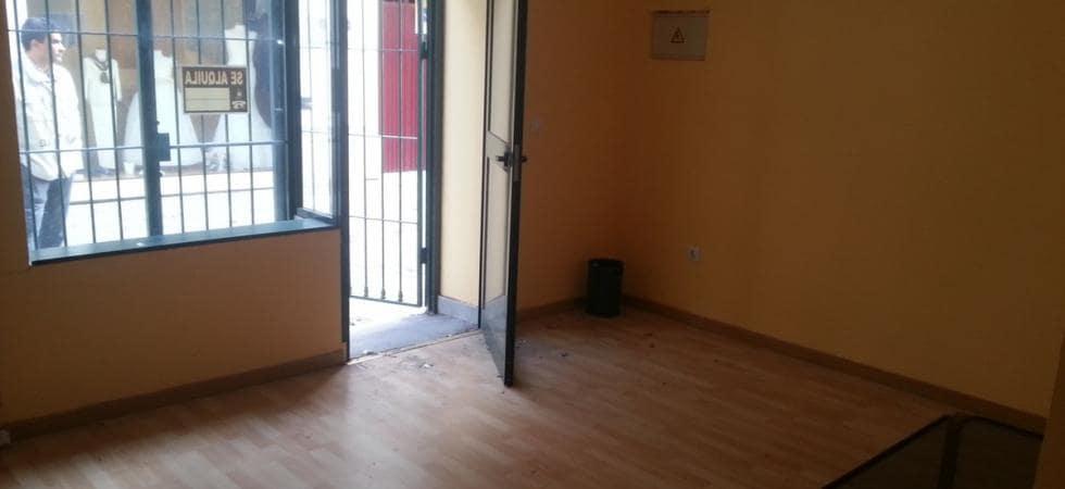 Commercieel te huur in Estepona - € 800 (Ref: 4266491)