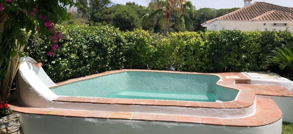 5 slaapkamer Halfvrijstaande villa te huur in Puerto Banus met garage - € 4.500 (Ref: 4529901)