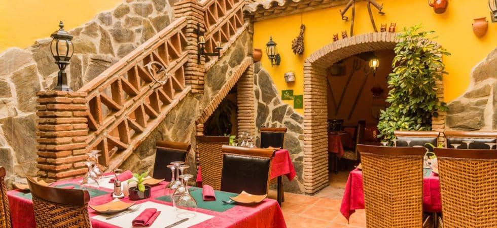 Commercieel te huur in Estepona met garage - € 1.850 (Ref: 5377167)