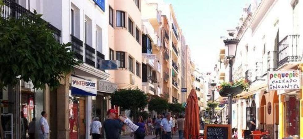 Commercieel te huur in Estepona - € 895 (Ref: 5377191)