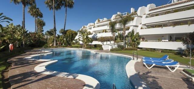3 quarto Apartamento para arrendar em Bahia de Marbella com garagem - 2 400 € (Ref: 5377273)