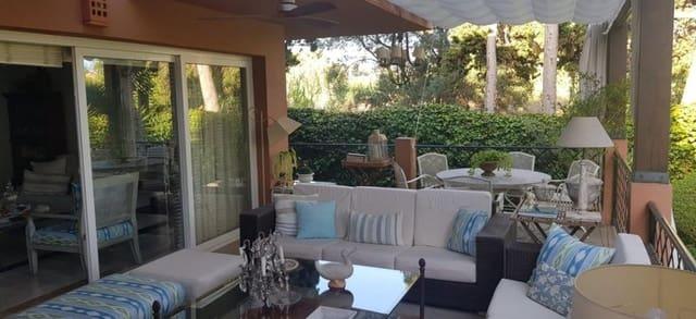 5 slaapkamer Halfvrijstaande villa te huur in Bahia de Marbella met garage - € 2.700 (Ref: 5508798)