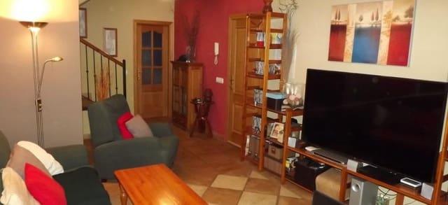 2 slaapkamer Penthouse te huur in Ojen - € 700 (Ref: 5766065)