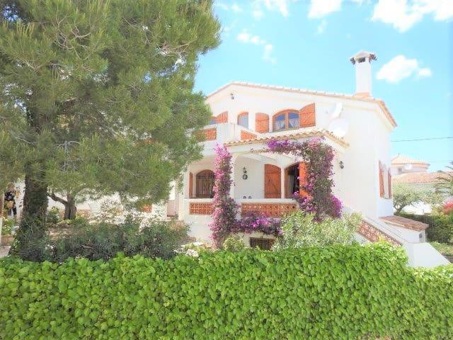 3 bedroom Villa for sale in L'Ampolla - € 299,000 (Ref: 4075701)
