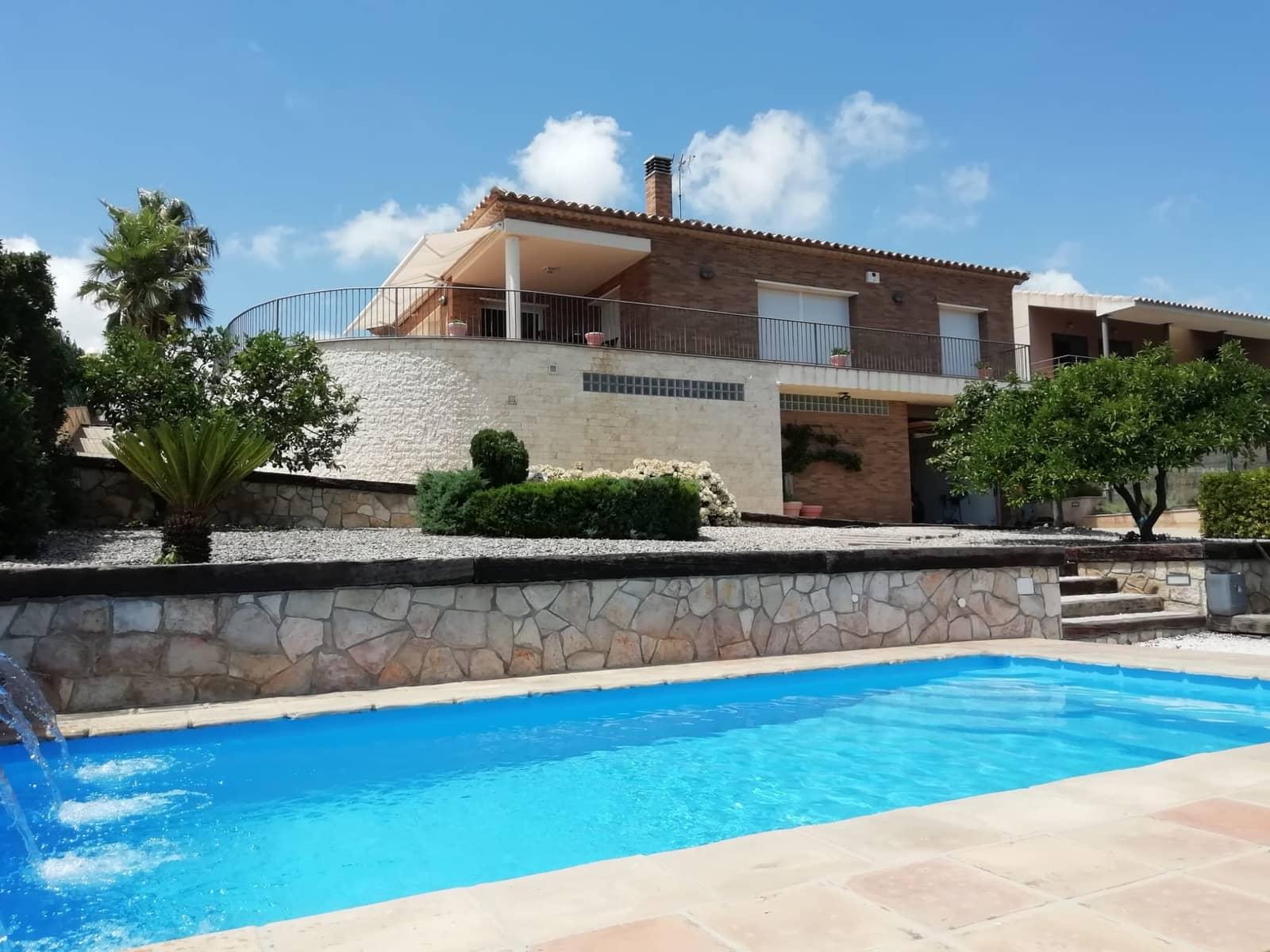 4 soverom Villa til salgs i El Perello med svømmebasseng garasje - € 395 000 (Ref: 4971034)