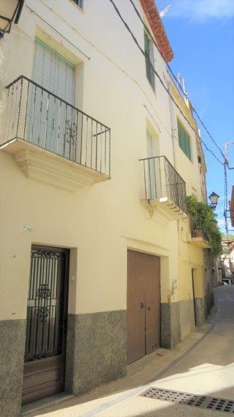 Casa de 3 habitaciones en Riudecols en venta - 200.000 € (Ref: 5308772)
