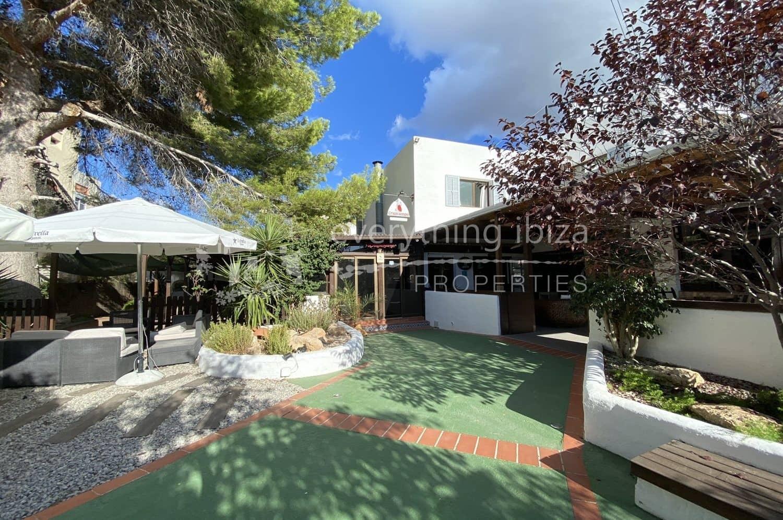 5 soveværelse Erhverv til salg i Cala d'en Bou med swimmingpool garage - € 988.000 (Ref: 5548965)