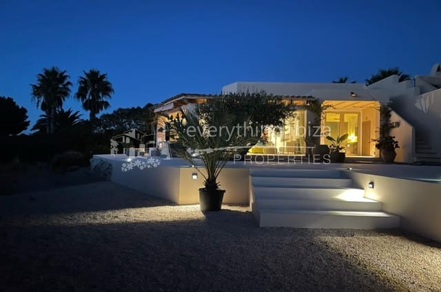 3 soverom Hus til salgs i Cala Tarida med svømmebasseng - € 975 000 (Ref: 5731330)