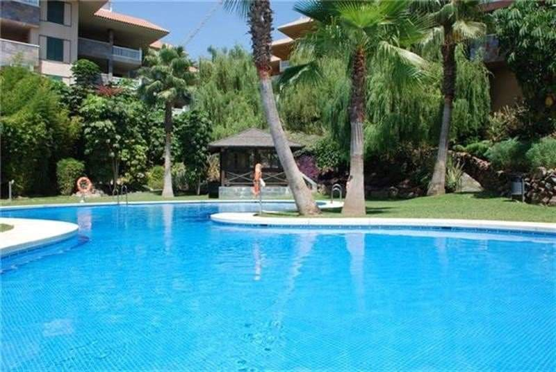 2 bedroom Penthouse for sale in Benalmadena - € 616,000 (Ref: 3242592)