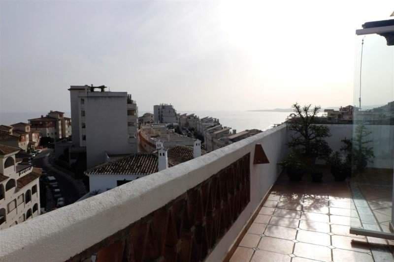 2 bedroom Penthouse for sale in Benalmadena - € 430,000 (Ref: 3435593)