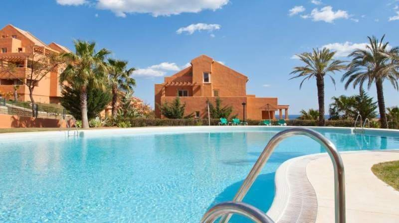 2 bedroom Apartment for sale in Marbella - € 259,652 (Ref: 3552561)