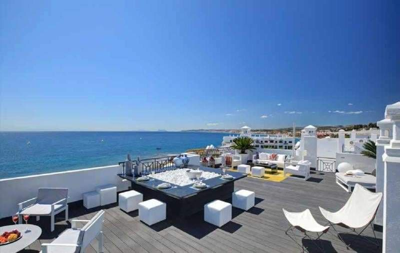 5 bedroom Penthouse for sale in Marbella - € 3,500,000 (Ref: 3552562)
