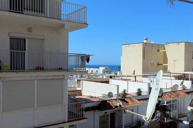 Apartment for sale in Nerja - € 85,000 (Ref: 4109955)