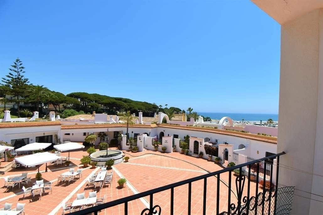2 bedroom Apartment for sale in Marbella - € 330,000 (Ref: 4110020)