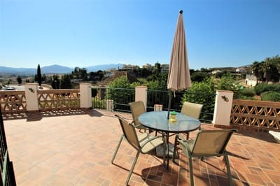 2 chambre Villa/Maison Semi-Mitoyenne à vendre à Mijas Golf avec piscine garage - 259 000 € (Ref: 4707573)