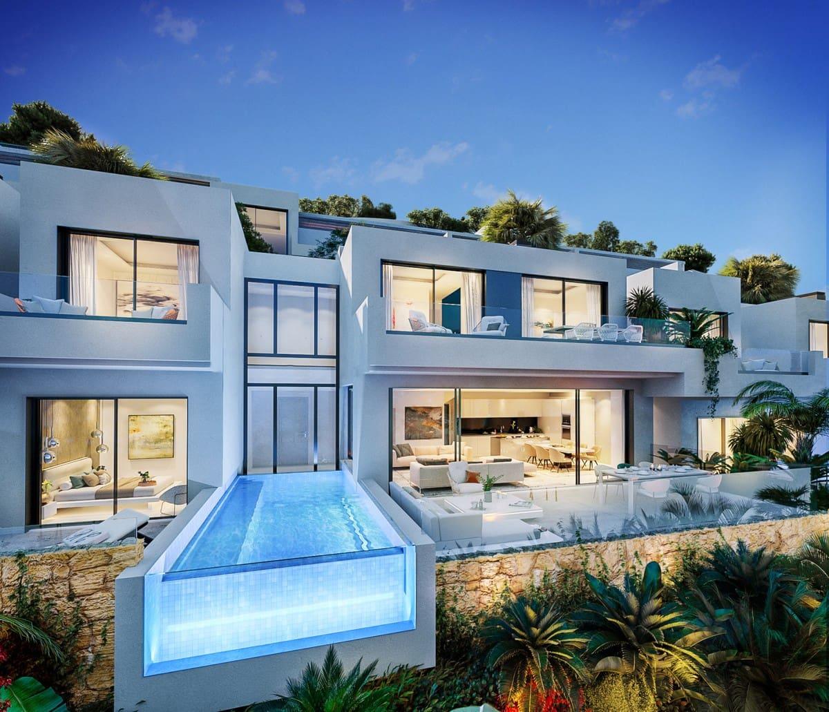 4 bedroom Villa for sale in Benalmadena with pool garage - € 899,000 (Ref: 4954294)