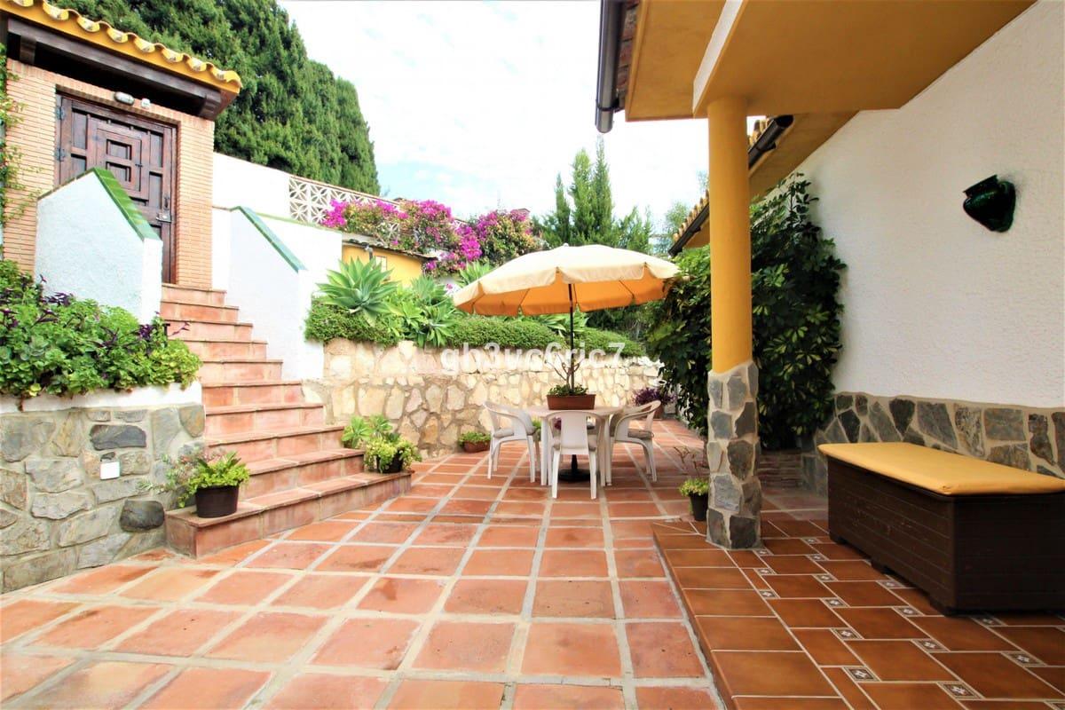 3 bedroom Villa for sale in Campo Mijas with garage - € 340,000 (Ref: 5572369)