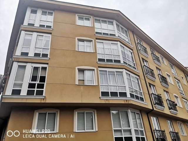 Piso de 3 habitaciones en Pontedeume en venta con garaje - 105.000 € (Ref: 5253898)