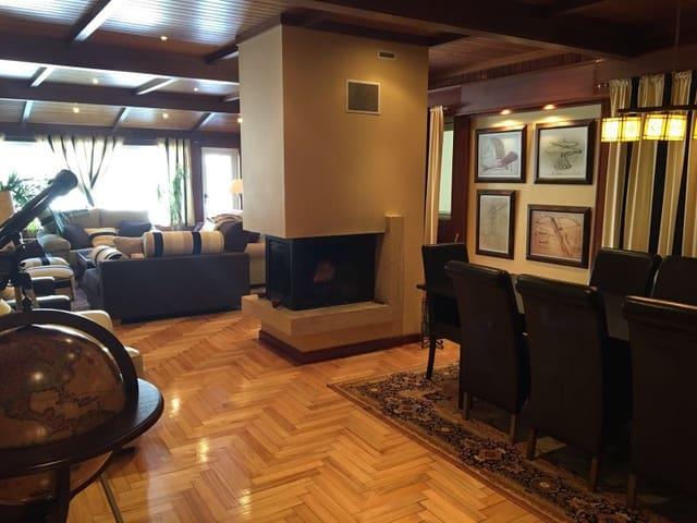 5 sovrum Lägenhet till salu i Neda - 187 000 € (Ref: 5253929)