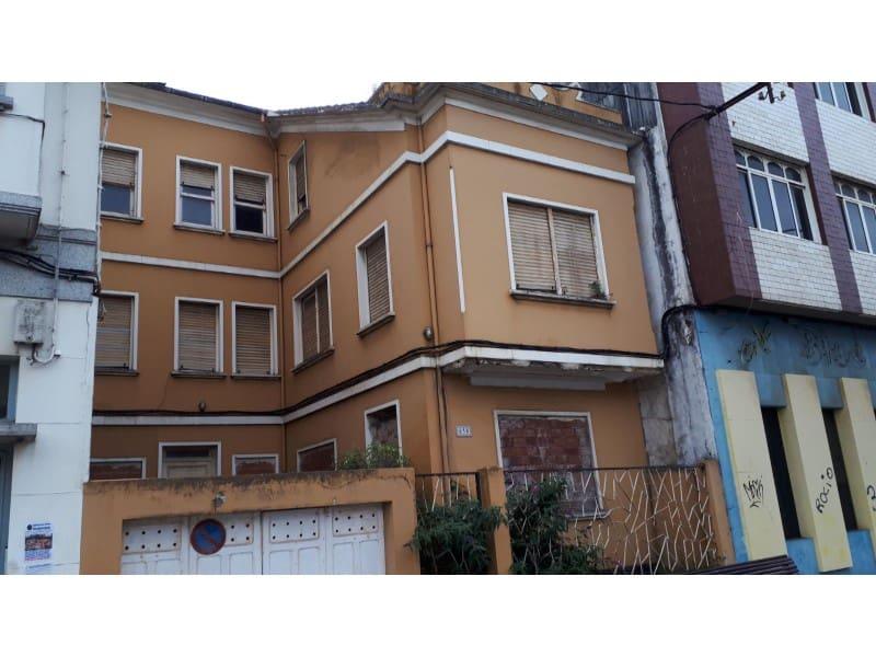 Villa til salg i Naron med garage - € 65.000 (Ref: 5724150)